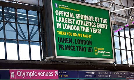 The Paddy Power billboard at London Bridge Station